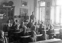 třída s učiteli